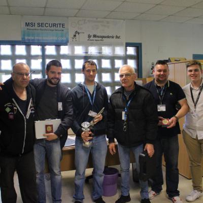 Photo des gagnants du concours et des organisateurs